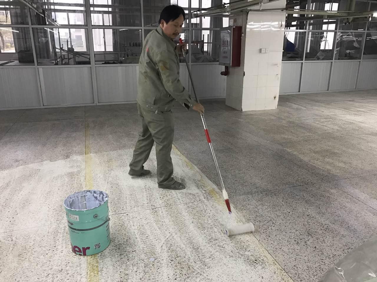 利郎(中国服饰公司)使用哥拜耳水性无机矿物地坪涂料