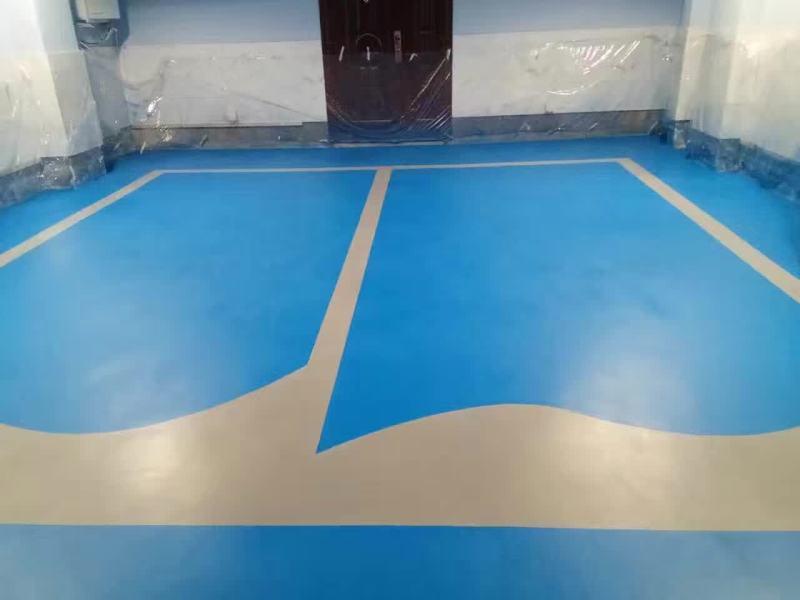 上海高端别墅区车库使用哥拜耳水性无机矿物地坪涂料